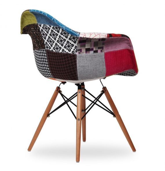 Chaise style eames daw patchwork secret design for Chaise eams patchwork